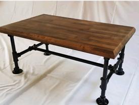 Oak & industrial pipe coffee table