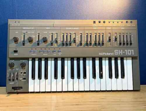 Roland SH-101 Gray Monophonic Synthesizer Excellent Appearance