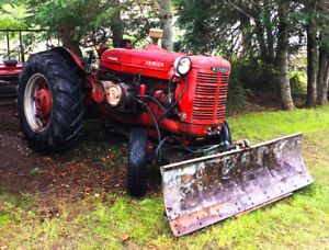 1947 W6 Standard McCormick Tractor