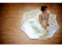 Pre-wedding, engagement, maternity, family photographer