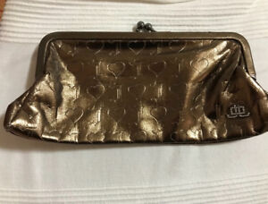 JLo (Jennifer Lopez) Womens Clutch Purse
