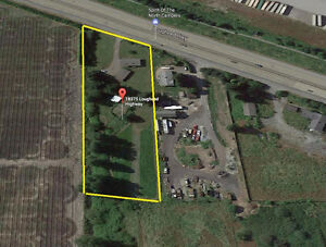 2 Acre Property with RANCHER!!