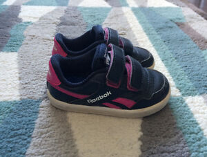Toddler Girl Reebok Shoes Size 5T
