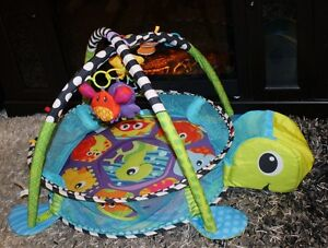 Infantino - Grow-with-Me Activity Gym & Ball Pit