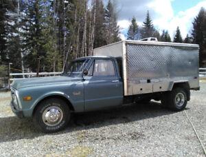 SWEET Food+coffee truck! 71 GMC 3500 Fully rebuilt custom!