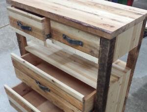 Meuble de rangement en bois recyclé