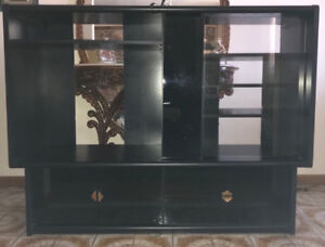 Pallisar Black Entertainment Stand