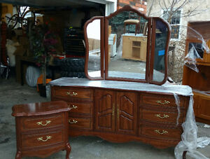 Cherry wood bedroom set