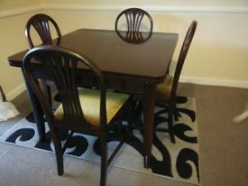 Extendable Dining Table(Solid Wood)