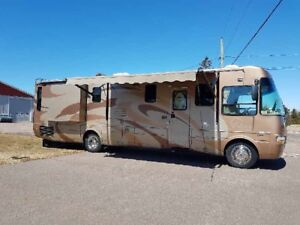 Motorhome fwas 79000 now ONLY 72000$ (New 285000)