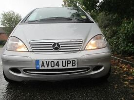 Immaculate condition automatic Mercedes Benz A class (A160) low milage perfect first car!