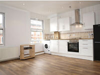 Bright and cosy 1 bed flat to let in Stoke Newington. Top floor. Available from mid April