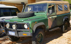 Land Rover Defender 110 canvas & Hoops. Greenough Geraldton City Preview