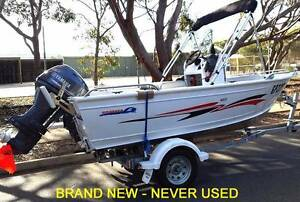 BRAND NEW Brooker 420C Centre Console and 30hp Yamaha 4 stroke. Fulham West Torrens Area Preview