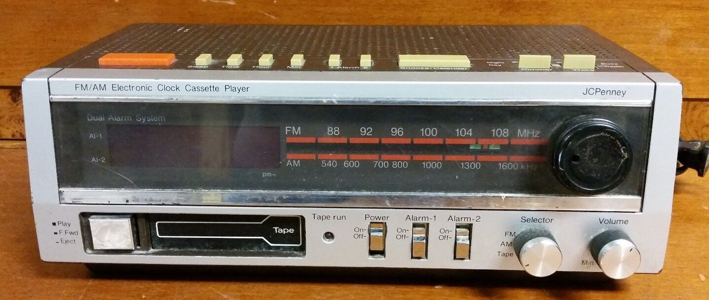 VINTAGE JCPENNY AM/FM ELECTRONIC CLOCK CASSETTE PLAYER ALARM CLOCK 680-3743