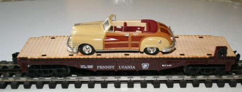 LIONEL PENNSYLVANIA 027 FLAT CAR WITH WOOD FLOOR SCALE CHRYSLER TOWN COUNTRY CAR