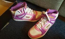 Goldgigger shoes
