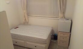 **Amazing Double Room,Fully Furnished,Great Location,All Bills+Wifi Included for only professionals*
