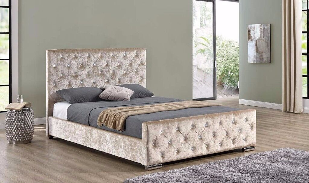❋❋ BRAND NEW ❋❋ CHESTERFIELD CRUSHED VELVET BED FRAME SILVER, BLACK AND CREAM COLORS