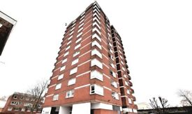 LARGE 3 BED 10TH FLOOR FLAT HOUSING BENEFIT ACCEPTED (SHADWELL)