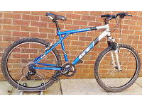 "20"" LARGE FRAME GT AVALANCHE 1.0 MOUNTAIN BIKE 27 SPEED"