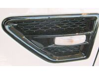 LAND ROVER FREELANDER 2 -GLOSS BLACK SIDE WING AIR INTAKE GRILLE VENTS