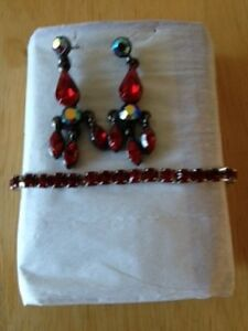 Bracelet & Earrings