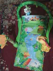 Jungle theme play mat Windsor Region Ontario image 1