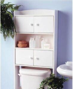 Étagère de salle de bains blanche à 4 portes (65 po x 25 po)