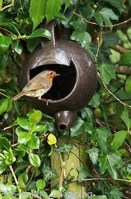 Teapot Nester Robin Bird House Egg Nesting Box Garden Ceramic Wall Ornament  NEW