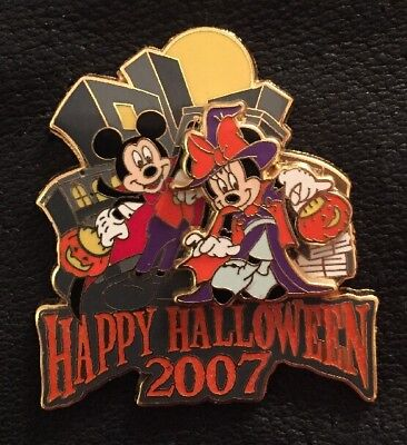 Happy Halloween Nyc (WOD NYC HAPPY HALLOWEEN 2007 MICKEY~Vampire & MINNIE~Witch 56680 3D LE 1000)
