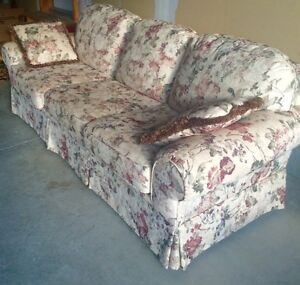 EXCELLENT CONDITION Sofa and Love Seat Set