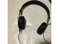 Stereo Headphones by Chi