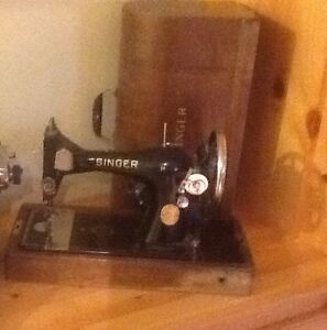 Singer Sewing Machine works well