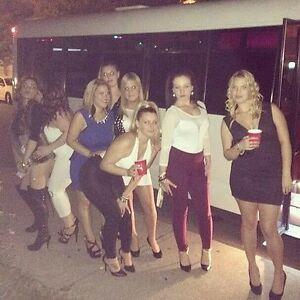 Limousine And Party Bus services 2898882399 Cambridge Kitchener Area image 7