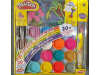 BN Play-Doh Super Rainbow Value Kit (20 Colours, play mat, cutters etc) 3+ Years