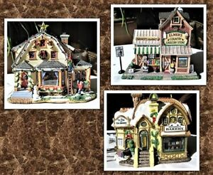 Christmas Village house ( Set of 3 )