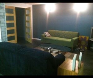 Available NOW- Furnished room for employed or student