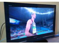 "Sony Bravia 32"" LCD TV - VG condition and full working order, with remote"