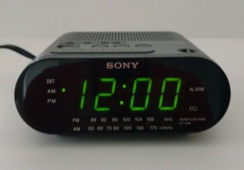 Sony Dream Machine Digital Alarm Clock AM/FM Radio Model CF-C218