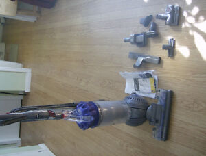 DYSON VACCUUM Cornwall Ontario image 1