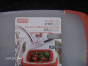 OVER THE SINK GRIPPBOARD (INCLUDES strainer)- NEVER USED