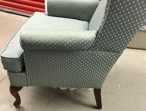 Wing Chair Oakville / Halton Region Toronto (GTA) image 3