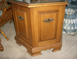 Roxton Maple end tables