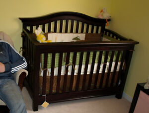 Baby Crib, Toddler bed, Double Bed Conversion