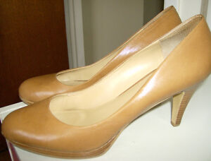 Nine West pumps - Leather, beige 3 1/2 inch heel (size 10.5)