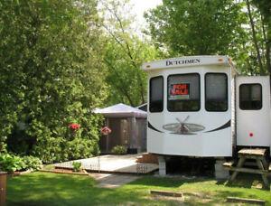 selling 2013 Dutchman Destination