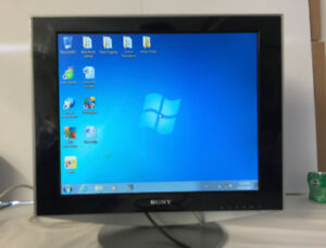 """SONY SDM-HS93 19"""" Flat LCD MONITOR Color Display"""