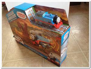 Thomas the Train - Breakaway Bridge Set **Brand New** Edmonton Edmonton Area image 2