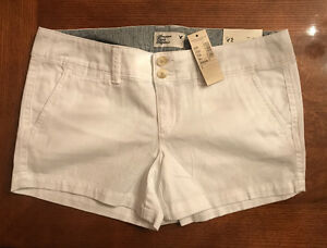 NEW American Eagle Outfitters White Short Shorts